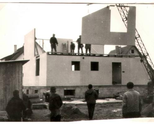 Hausmontage 1954